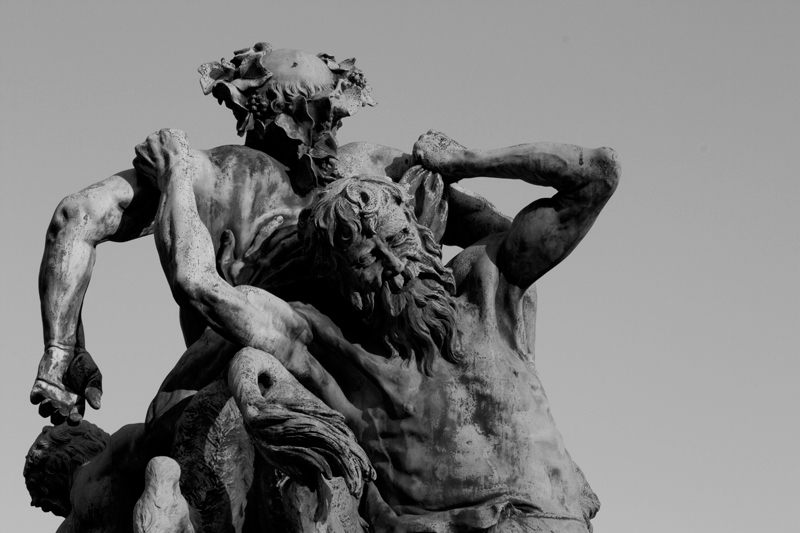 jardin-du-luxembourg-statue-paris-3