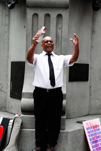 street-preacher-3