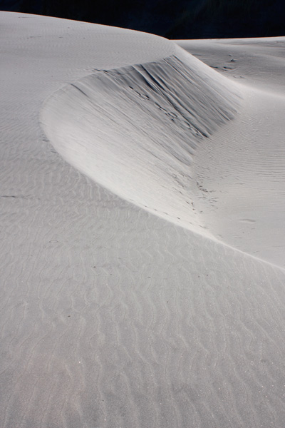 sand-dunes-newzealand-abstract