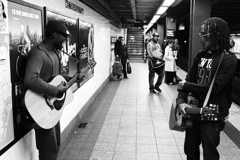 nyc subway new york metropolitan avenue03