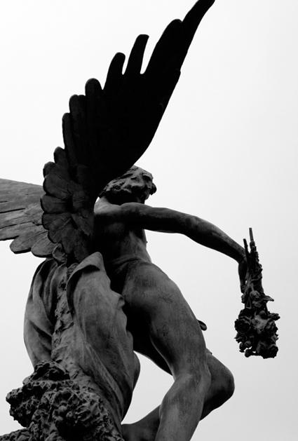 statue-cimetiere-montparnasse