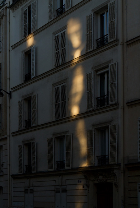 paris-sunset-light