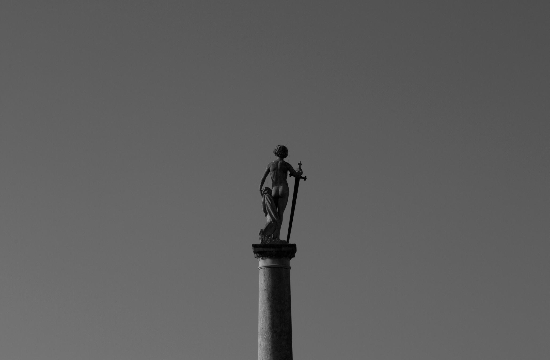 jardin-du-luxembourg-sculpture