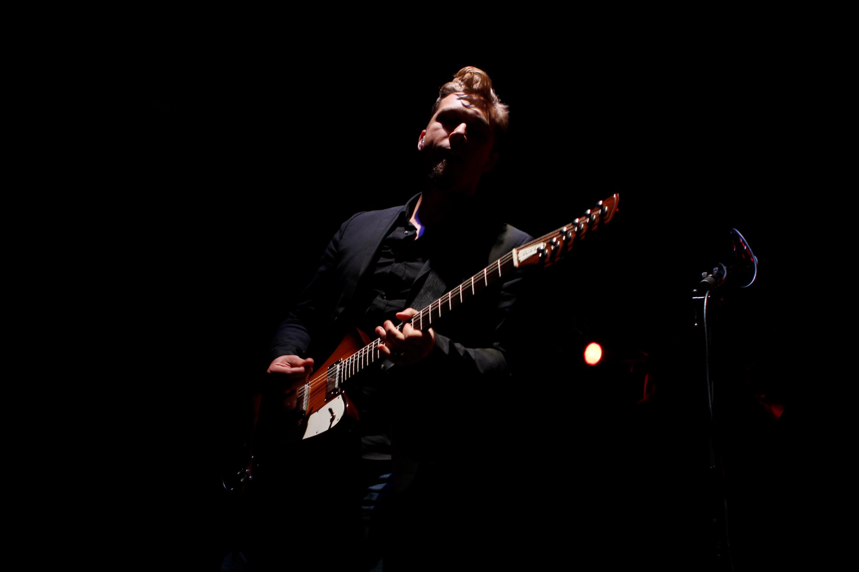 isaac-hanson-guitarist