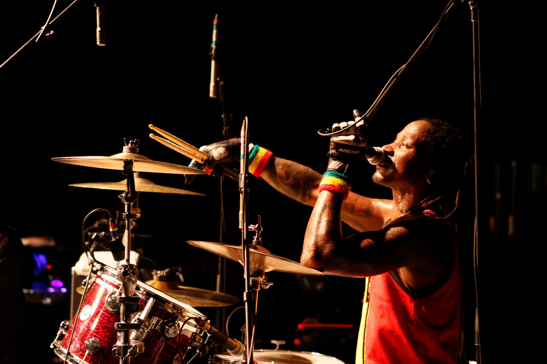d-h-peligro-drummer-