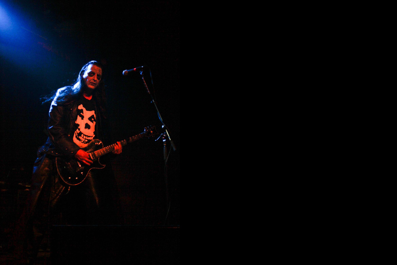 glenn-danzig-misfits-guitarist