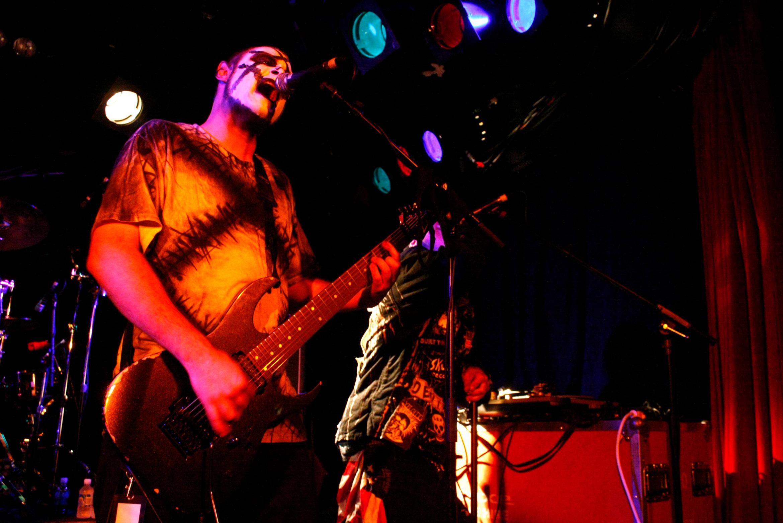 hed-pe-Jaxon-Benge-guitar