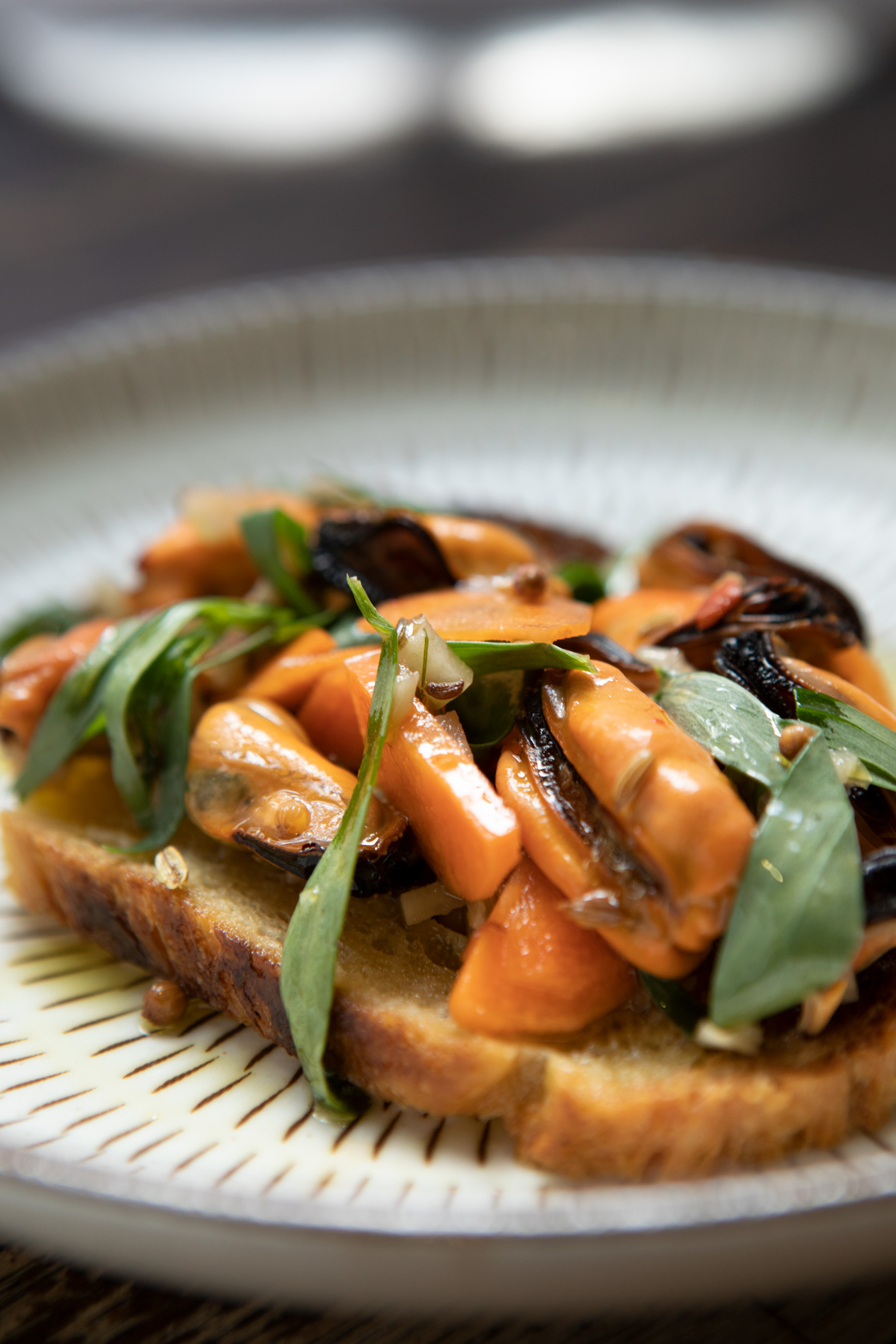 lardo-london-hackney-mussel-escabeche-on-toast