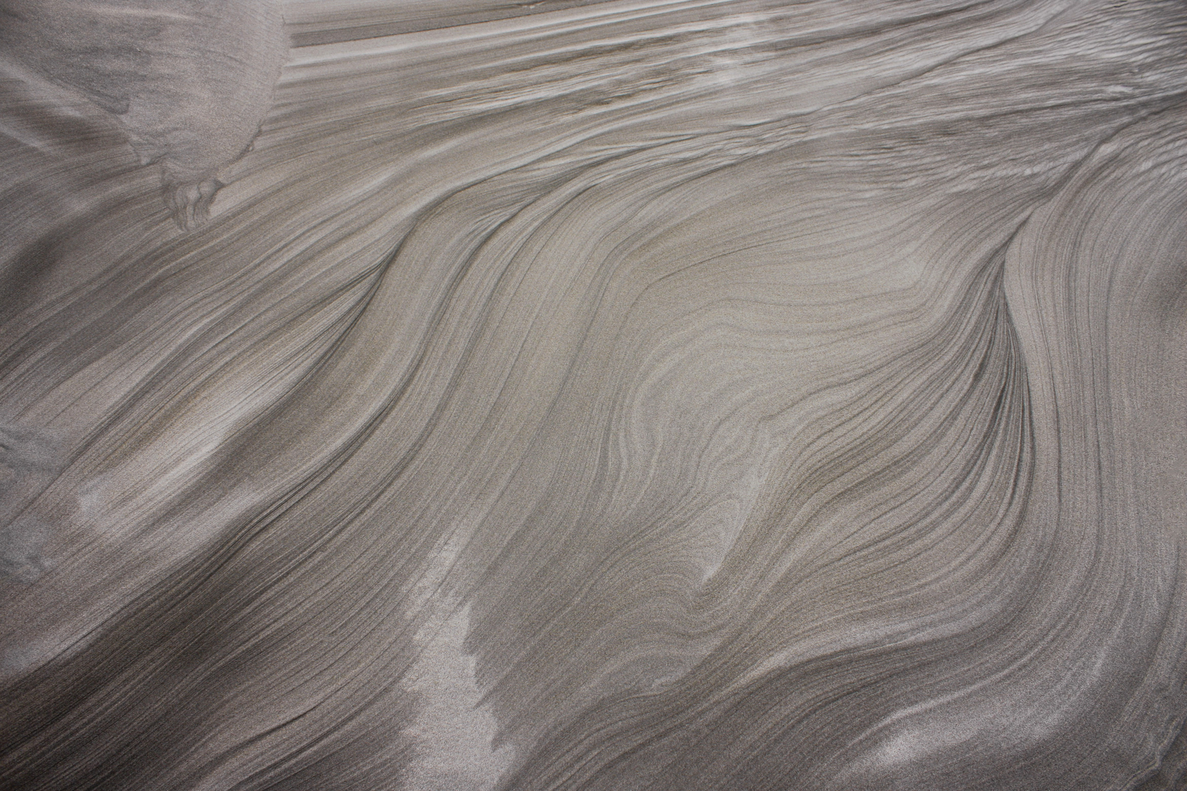 west-coast-black-sand-new-zealand1