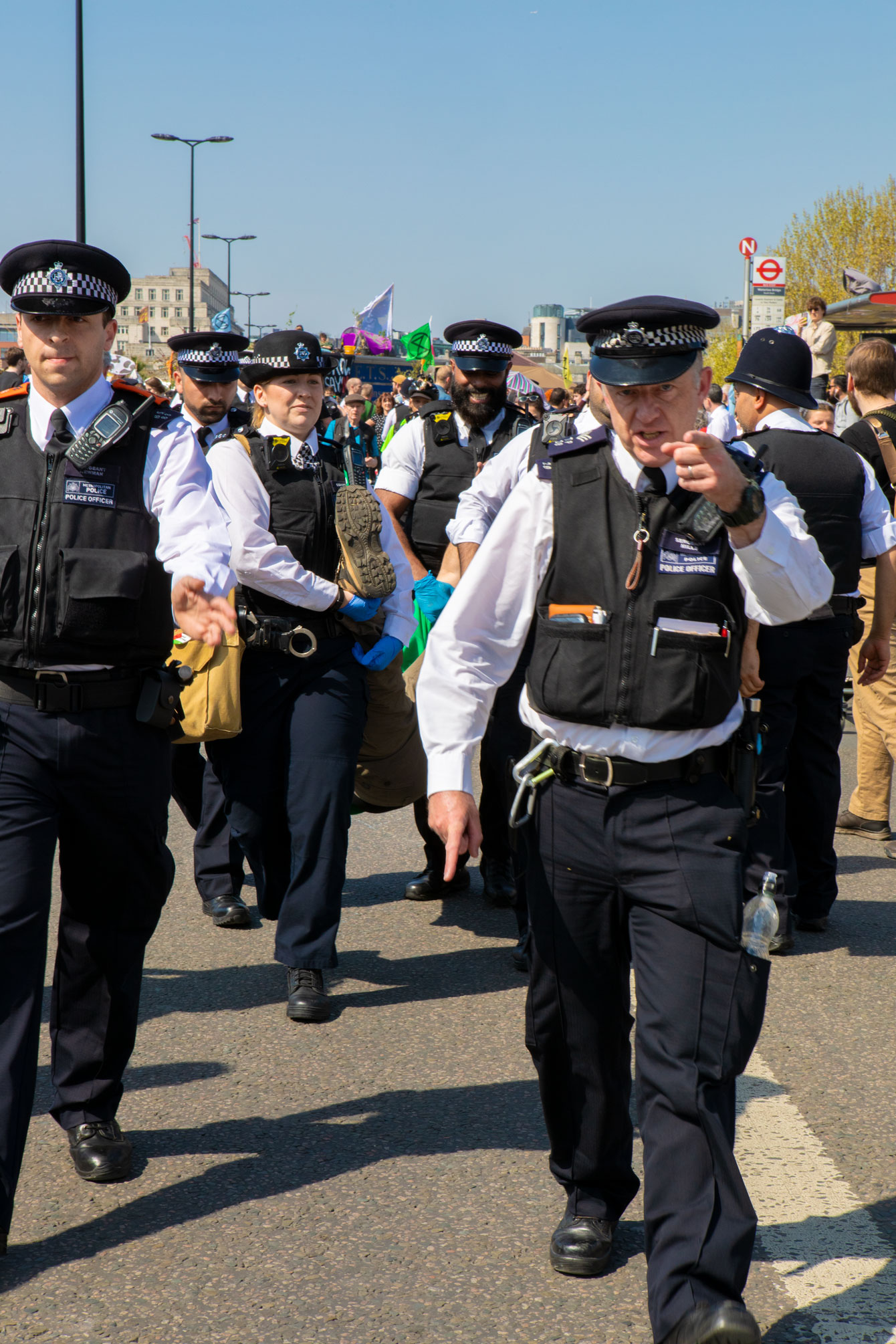waterloo-bridge-police