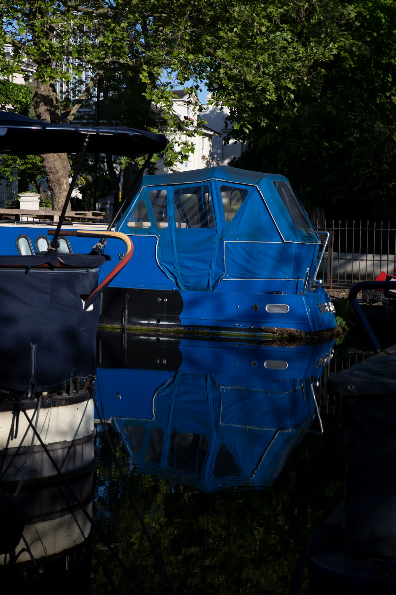 little-venice-london-maida-vale-canal-boat